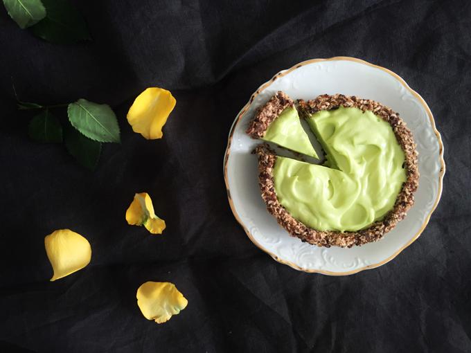 Limettiraakapiiras by Karita Tykkä